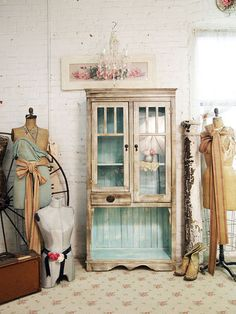 inside painted teal, outside antique white