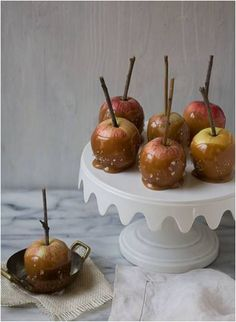 Carmel apple with sea salt is the perfect combination for a easy fall time dessert.
