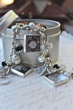 Family keepsake bracelet for mom