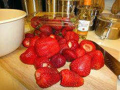 Wine on pinterest wine racks strawberry vodka and wet bars - Olive garden moscato primo amore ...