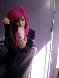 hair, hair color, multi-colored hair, pink, black, pink hair, black hair