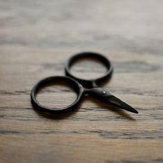 Putford Tiny Scissors by Kelmscott Designs.