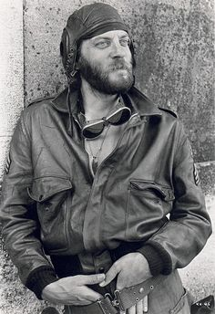 Mr Donald Sutherland.....