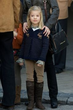 kids fashion, girls fashion, sweater, boots, fashion