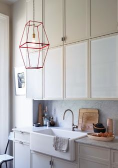 DIY: 2 lampshade frames turned into a pendant fixture