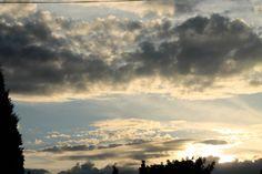 Hamilton, ON sky in backyard