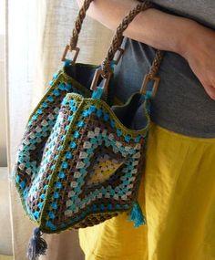 crochet inspir, crochet granny squares, crochet bags, granni squar, crochet purses