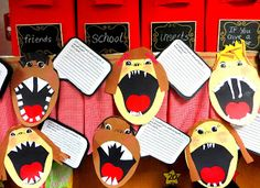 Fun activity to go with the book Animal Teeth. Students create self portraits with animal teeth and then write about their choppers!