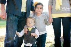 Ashley Tingley Photography blog post. Carbon Canyon family photo sesh. Each sibling wore a different color to set apart their families.