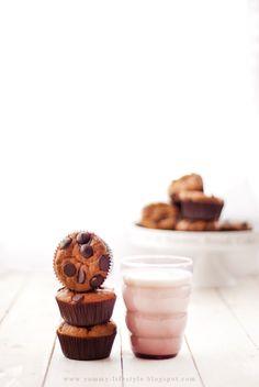 ... chocolate banana muffins ...