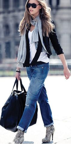 cardigan scarf and jeans with leopard shoes