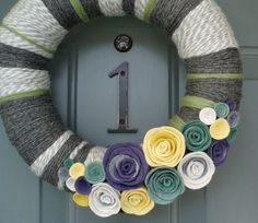 Love the colors of this wreath!