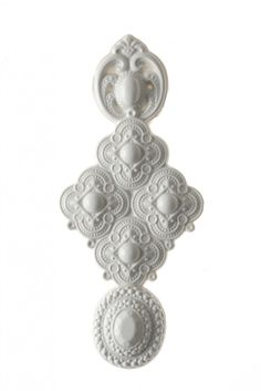 New Designers On eYear ON Isabelle Busnel CLASSIC BROOCH