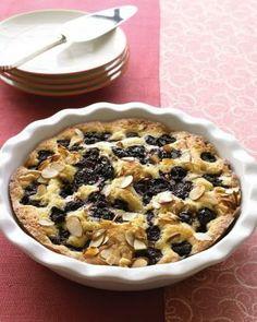 Simple Cake Recipes // Warm Almond-Cherry Cake Recipe