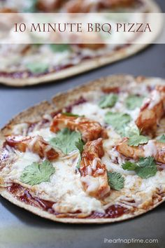 BBQ chicken pizza recipe ...only takes 10 minutes to make! Yum!