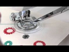 SINGER Flower Stitch Presser Foot Attachment Tutorial - YouTube