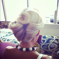 Vintage-inspired hair via Modern Salon //cw