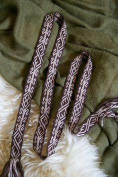 Kobolds Kerkerbastelei: Tablet woven Birka pattern