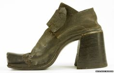 Why did men stop wearing high heels?