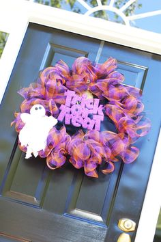I <3 this wreath!!  It's my Sunday project!