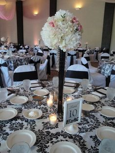 eiffel tower vase centerpieces with hydrangeas