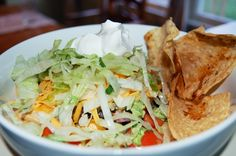 chipotle chicken burrito bowl dinner, chicken burrito, chicken bowl, burrito bowl