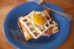 how to cook an egg in a waffle iron