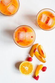 Morning Sunrise – Orange, Peach and Raspberry Juice / blog.jchongstudio.com