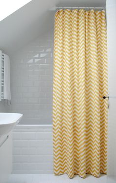 Yellow chevron showercurtain!