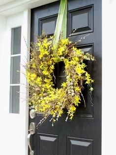 I want a wreath like this for my front door!  :)