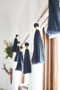 DIY an easy tassel g