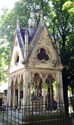 ❥ Paris~ tomb of Abélard and Héloïse