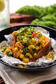 Smoky Mac-Stuffed Sweet Potato