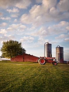 Across the country, farmers are opening up their barn doors to overnight guests...