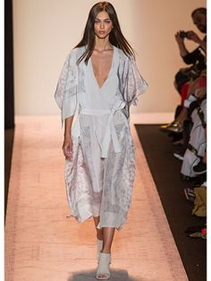 Sexy, beachy hippies at the BCBG Max Azria spring 2015 show