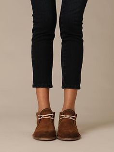 desert boots with leggings