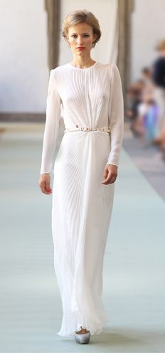 Luisa Beccaria // love the pleating