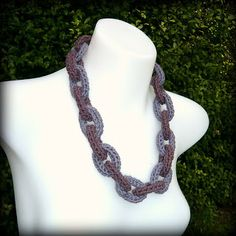 Shara Lambeth Designs: Crochet Chain Link Necklace Tutorial