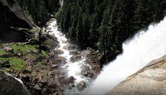 Looking downVernal Falls - Yosemite nation park, downvern fall
