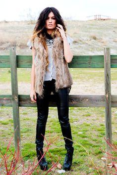 Fur vest, necklace