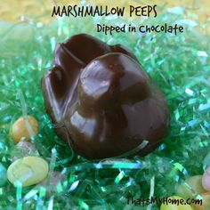 Homemade Marshmallow Peeps Dipped in Chocolate from That's My Home #peeps #marshmallows #chocolate
