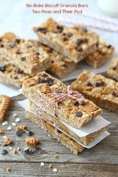 No-Bake Biscoff Granola Bars Recipe on twopeasandtheirpod.com Love these easy homemade granola bars!