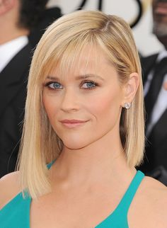 Reese Witherspoon's bronzed shadow looked amazing at the Golden Globes