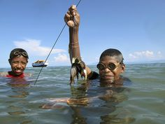 Fishing off Atauro Island, Timor-Leste by United Nations Photo, via Flickr