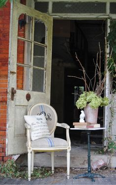 Plantations Antiques and Interiors