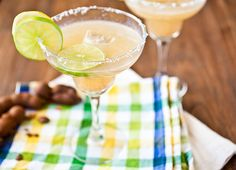 Sweet Tamarind Margarita #recipes #margaritas #SauzaSparkling @Sauza® Tequila