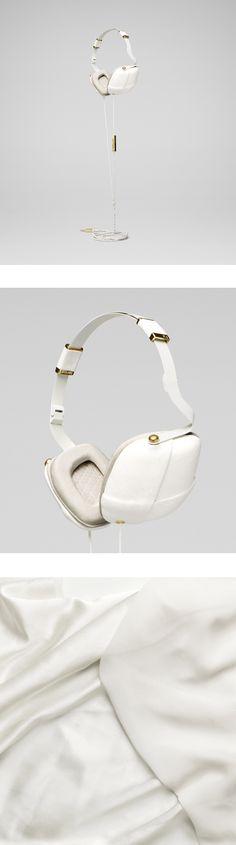Pleat Headphones from Molami Napa White & Gold