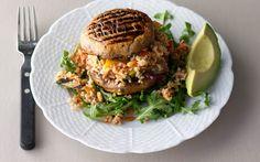 Grilled Portabella and Bulgur Salad: gourmet.com  **SWAP OUT BULGUR FOR QUINOA! Yum.