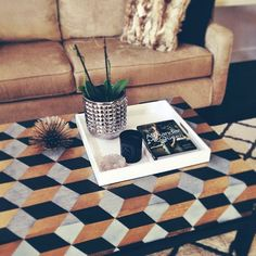The Aestate: Kubus Inspired Coffee Table #DIY