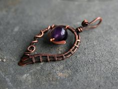 Leaf pendant by Yeske-crafts
